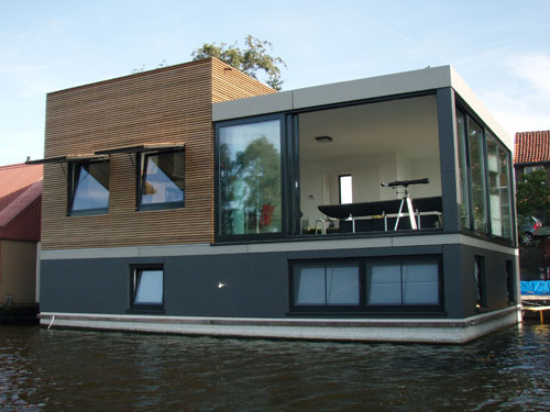 Future proof homes for a warmer world new scientist for Building a floating home