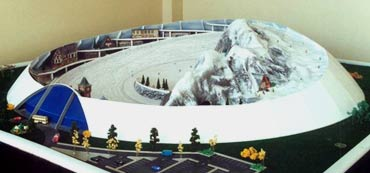 A model of the artificial slope shows how it would rotate   Photo: Ski Trac