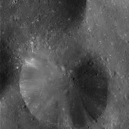 Craters may give clues to Phoebe's history