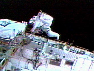Astronaut Soichi Noguchi tested a kit for repairing heat shield tiles during a 6.5 hour spacewalk