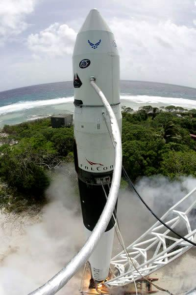 SpaceX carried out a static fire test as a pre-flight Falcon 1 systems check the day after its scrubbed February attempt