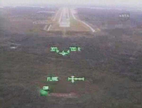 Shuttle commander Steve Lindsey viewed the landing strip at Kennedy Space Center through a head-up display