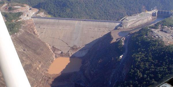 Had the Campos Novos dam failed during the rainy season, disaster may have followed