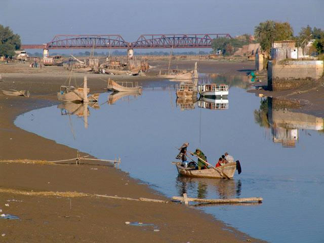 Freshwater from the Indus river in Pakistan no longer reaches the end of the river's estuary – instead, seawater reaches 40 km inland
