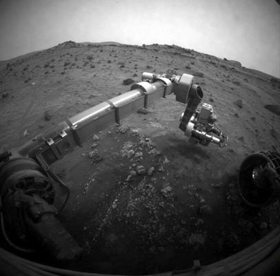 Spirit moved its robotic arm to a new position on 6 August, after 20 days of being immobilised by low power