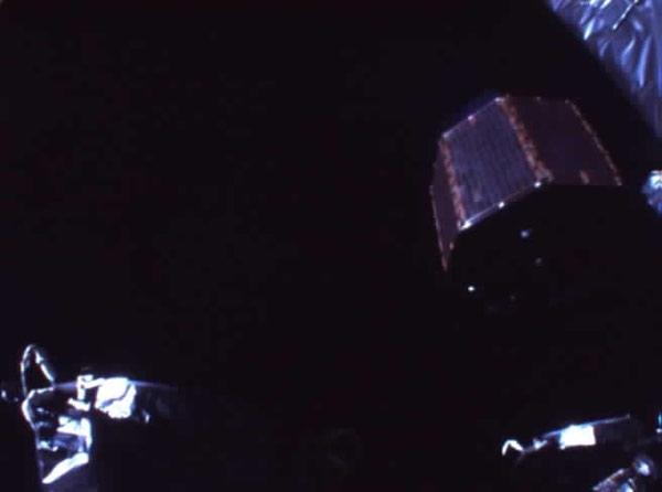 The Ouna spacecraft, also called VRAD (right), was released on Friday. This image was taken from a camera on the mothership