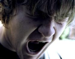 It's not fair: Brains may compel teens to tantrum