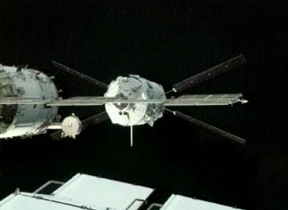The Jules Verne Automated Transfer Vehicle prepares to dock to the International Space Statio