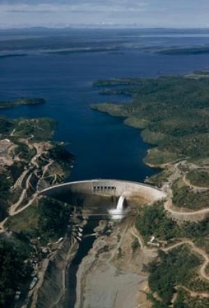 The giant Kariba dam backs up the Zambezi river to form a new lake between Zimbabwe and Zambia