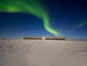 Auroras over the Elevated Station at Amundsen-Scott South Pole Station