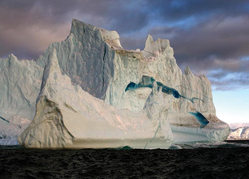 Greenland is already losing enough ice to raise sea level by 0.8 millimetres per year