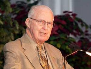 Norman Borlaug speaking at the Ministerial Conference and Expo on Agricultural Science and Technology in Sacramento, California, in 2003