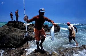 A simple pleasure: fishing in the Tamarindo Bay, Guanacaste, Costa Rica