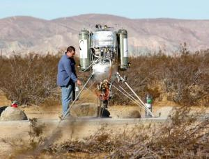A fuel tank leak caused a fire on Thursday during an attempt by Masten Space Systems to win the Lunar Lander Challenge
