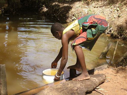 Clean water is essential in the fight against guinea worms