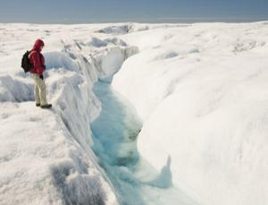 Greenland's plumbing helps prevent the glacier from splitting