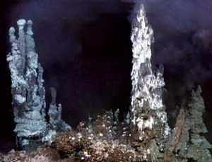 Rich with minerals, hydrothermal vents could be mined with less damage than mining on land