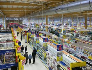 Tesco, like many major retailers, is designing new stores to help slash its carbon footprint