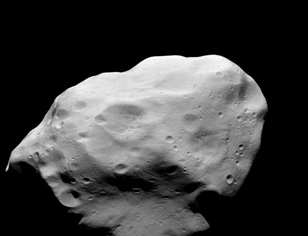 The Rosetta spacecraft swung by asteroid 21 Lutetia on 10 July 2010