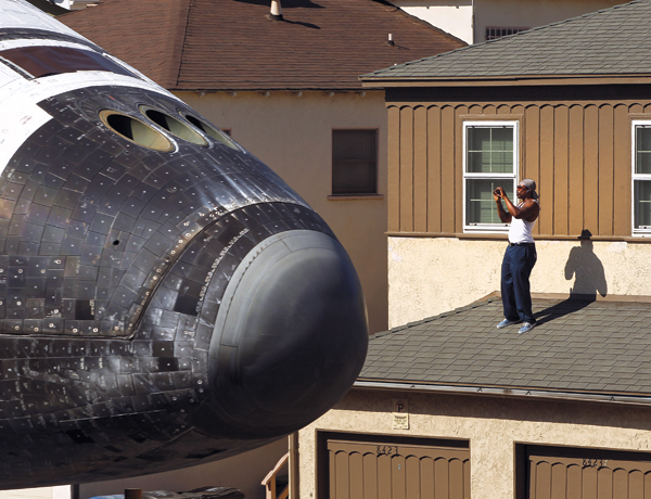 Endeavour comes to Inglewood: space shuttle tours LA