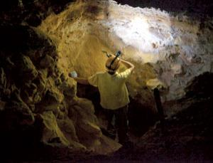 Did ice-age flint miners leave signs in Koonalda caves?