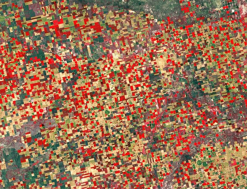 Over the rainbow: Patchwork view of Kansas from space
