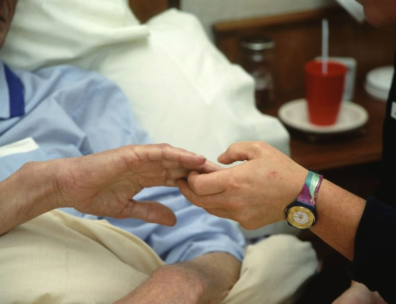 Many people who die in high-income countries need palliative care
