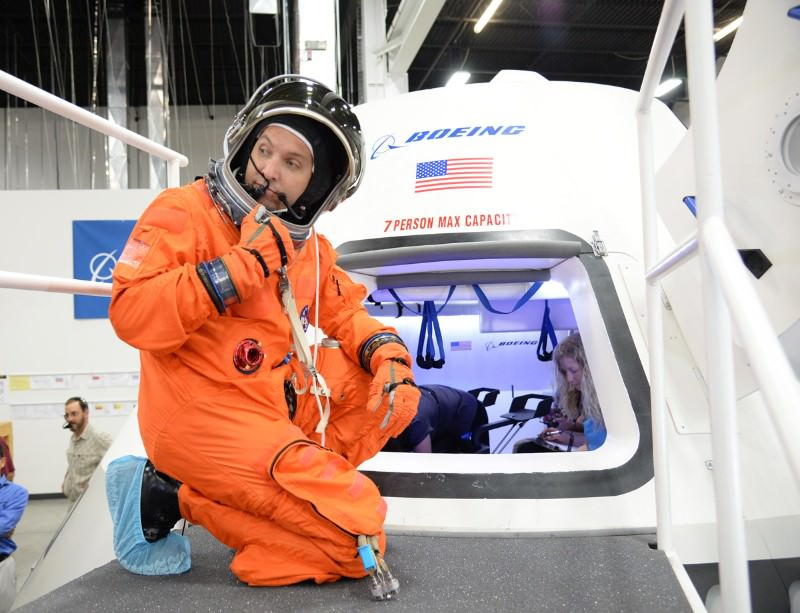 NASA's upcoming astronaut capsule has hints of Apollo