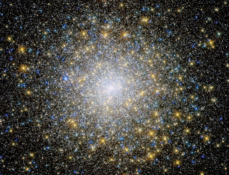 Close-up of 12-billion-year old Messier 15 star cluster