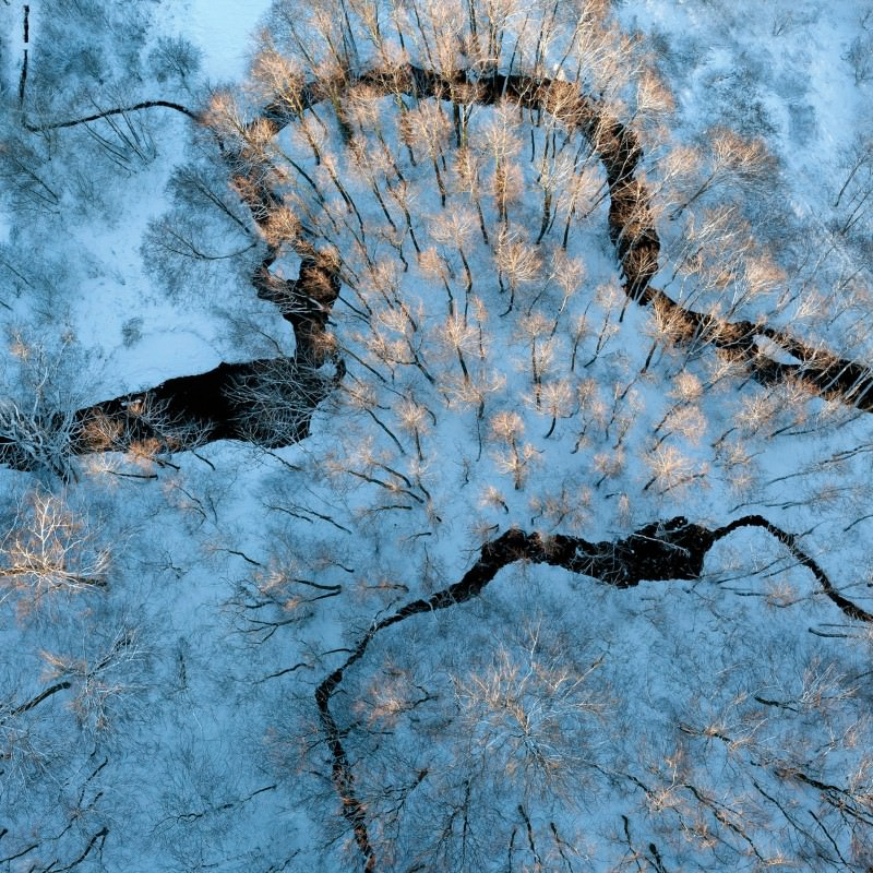 Ice-scapes from the air turn nature into a painting