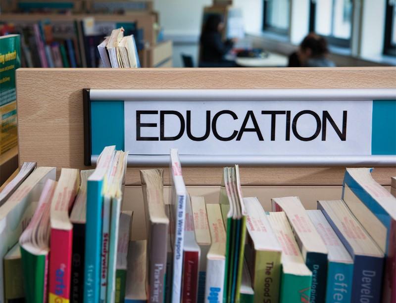 Alternative choice: Student life isn't just studying