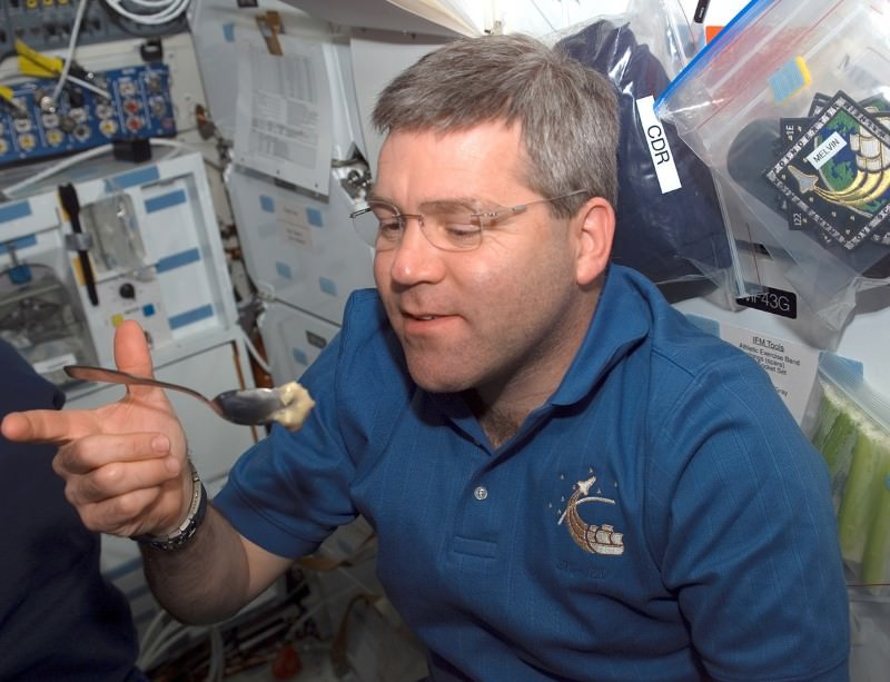 Space diaries reveal 6 things on an astronaut's mind