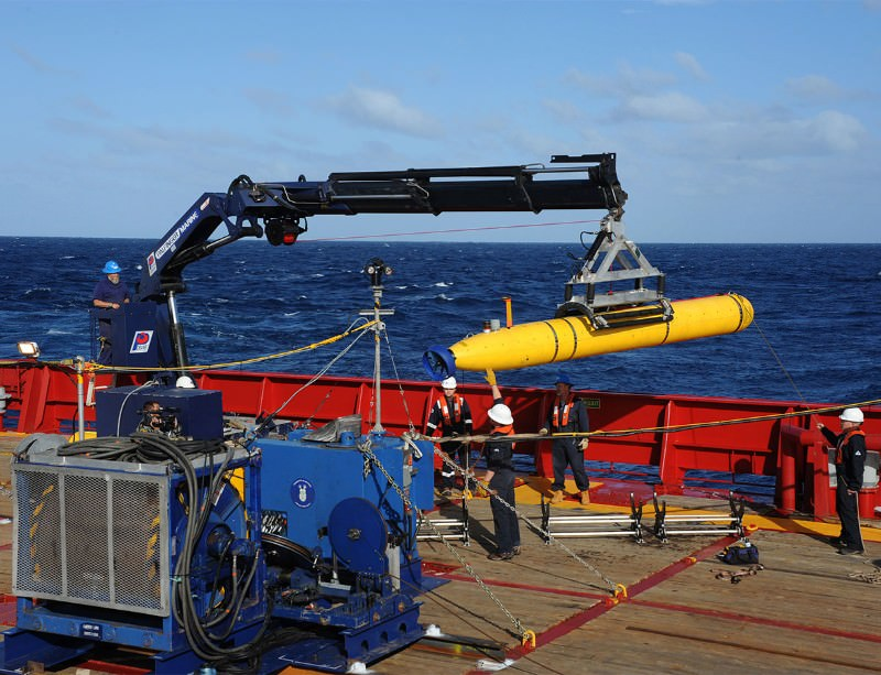 The Bluefin-21 sub will scan the depths where flight MH370 is thought to have fallen