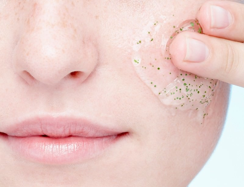 Face-off: Ban microbeads and save the Great lakes