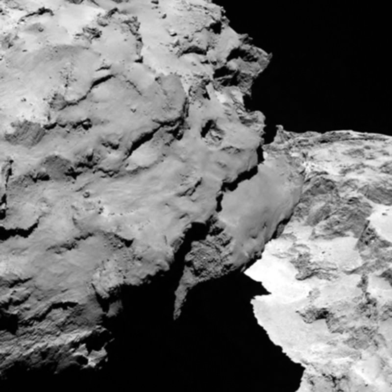 Rosetta arrives – and sends images of 'superstar comet'