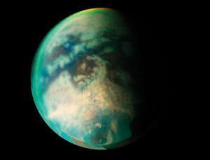 Titan's landscape could be carved out of benzene sludge