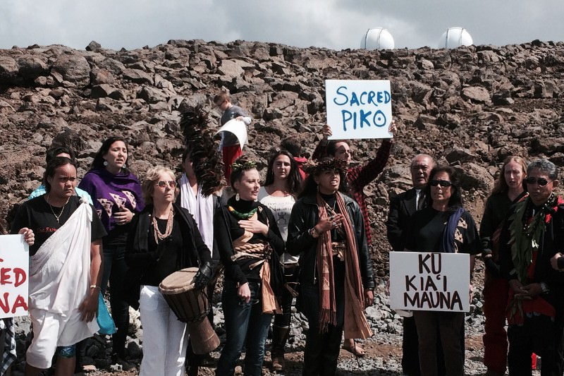 Native Hawaiians halt construction of giant telescope
