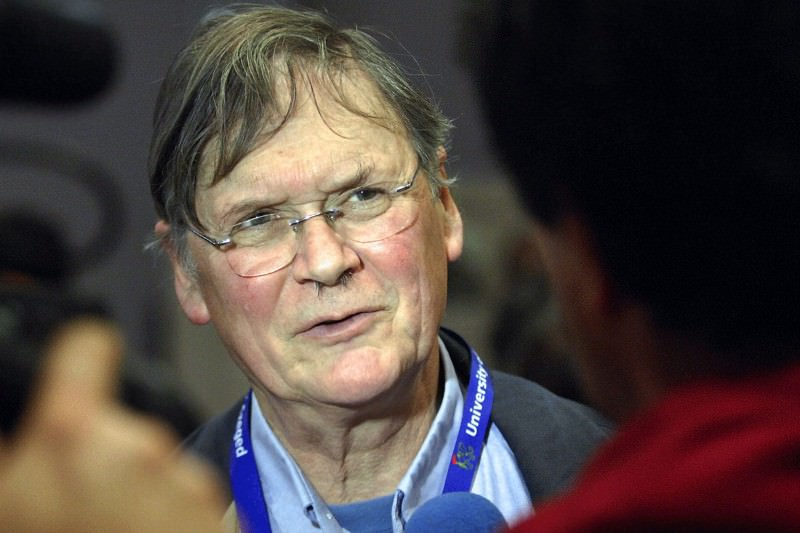 What Nobel winner Tim Hunt's sexist outburst actually tells us