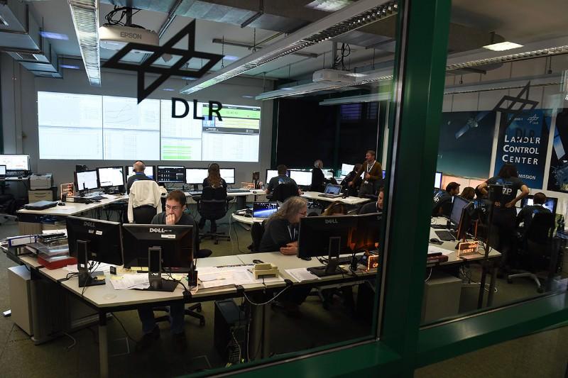 Our dream scenario for Philae – and mission finale for Rosetta