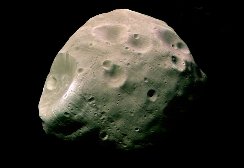 Mars is ripping its beanbag moon Phobos apart
