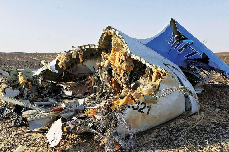 Confusion reigns over mid-air break up of Russian flight 7K9268