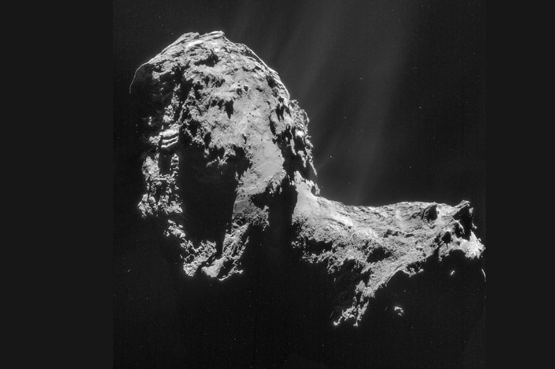 Icy find beneath comet 67P's skin could make sense of its orbit