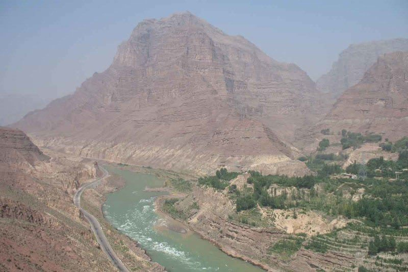 The Jishi gorge, on China's Yellow river
