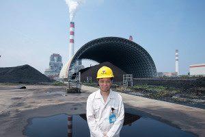 Feng Weizhong at Shanghai Wai Gaopiao Number 3 Power Generation