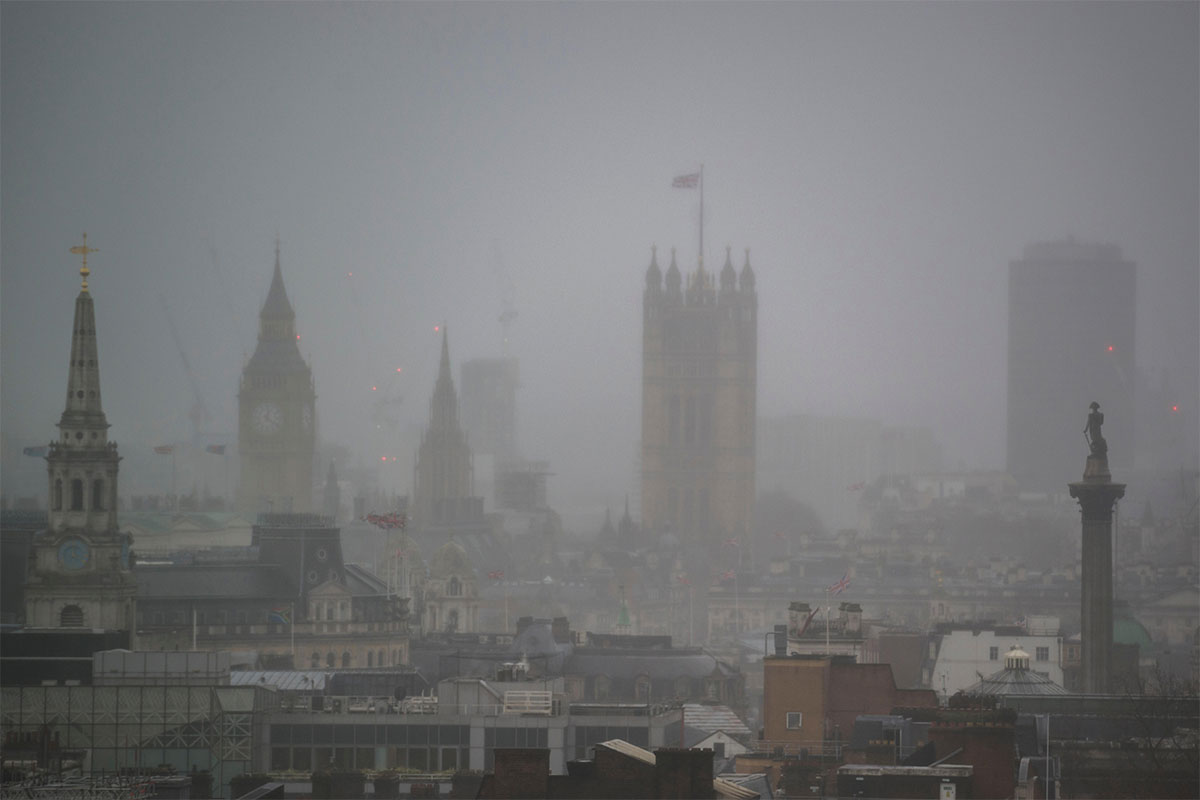 UK government taken to court over failure to cut air pollution