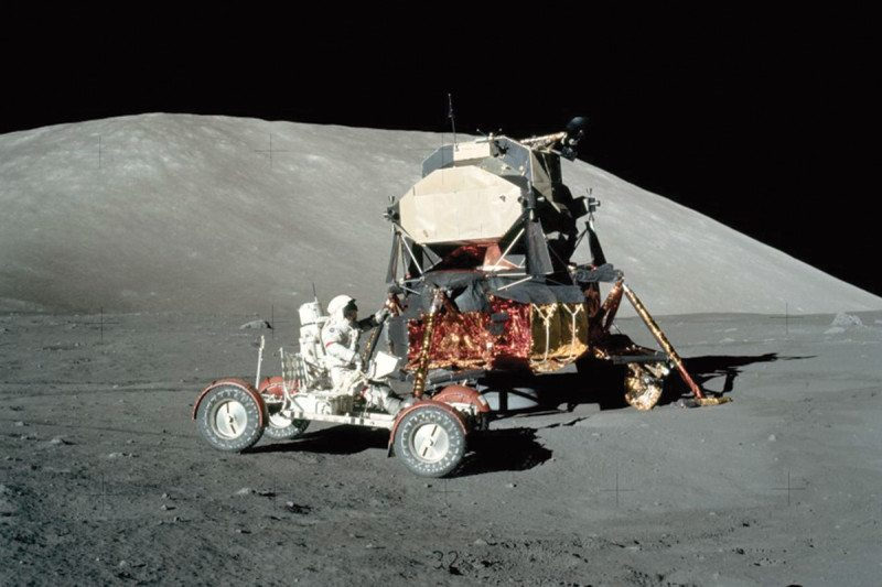 Apollo 17 buggy lunar