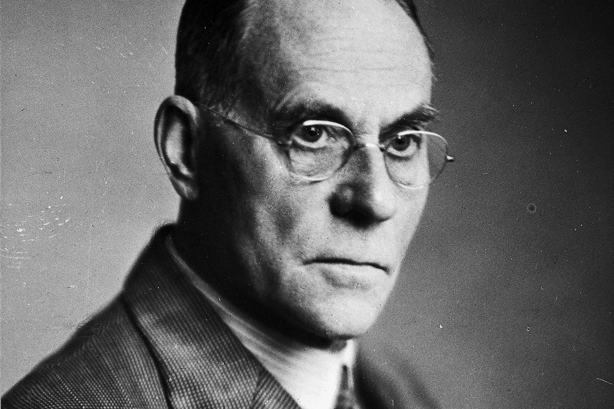 Leonard Colebrook