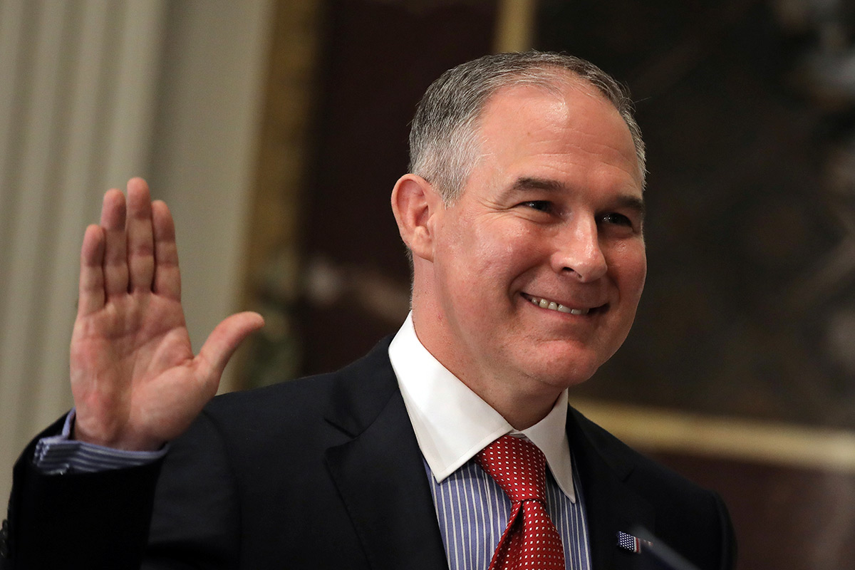 Emails reveal Pruitt's behind-the-scenes collaboration with oil and natural gas giant