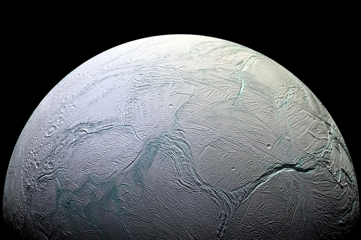 Cassini finds final ingredient for alien life in Enceladus's sea