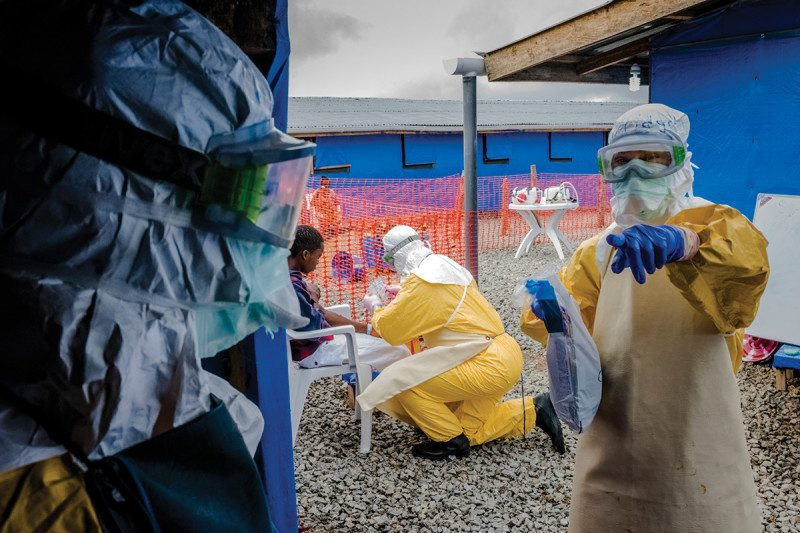 Testing person suspected of having Ebola in Liberia in 2014